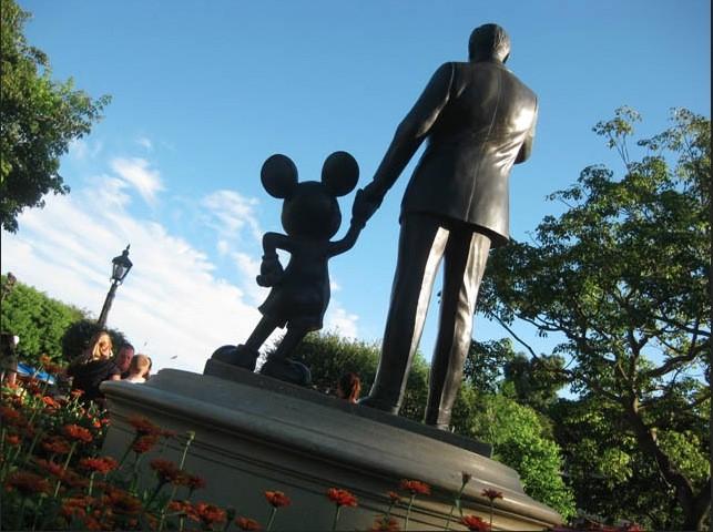 Walt & Mickey Statue-Rear