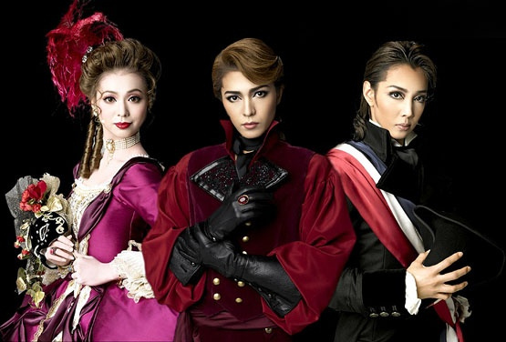 Promotional photo for a Takarazuka Revue performance of The Scarlet Pimpernel. Image via ASIHTB